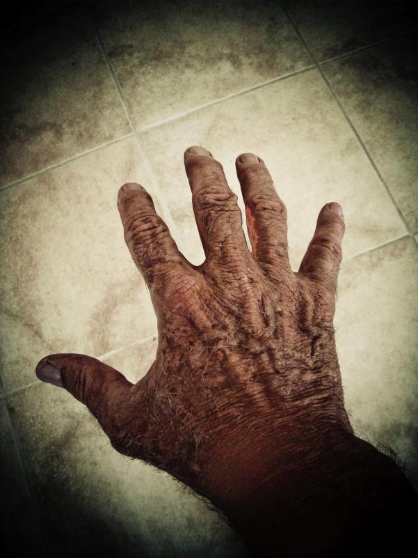 old hand 2...-120080418 16-10-54.jpg