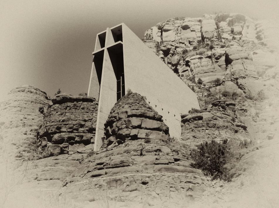 sedona chapel.jpg