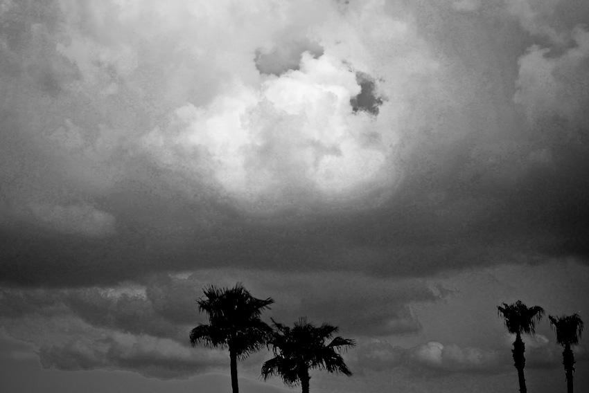stormy weather-120070806.jpg